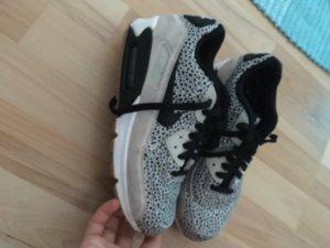 Nike Sneakers zwart-lichtgrijs