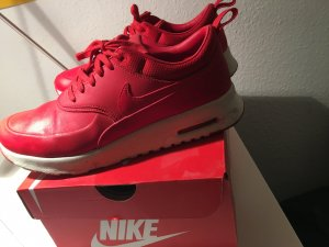 Nike Lace-Up Sneaker red leather