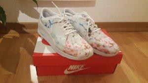 Nike Air Max Thea Cherry Blossom