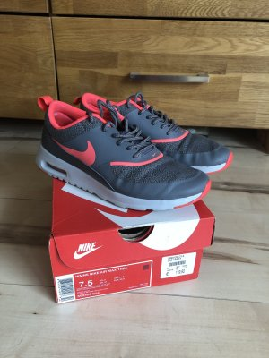 Nike Air Max Thea Damen Gr. 38,5