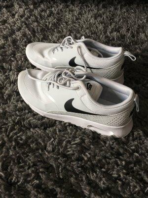 Nike Sneaker stringata grigio chiaro-bianco Pelle