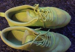 Nike Air Max Thea☀️