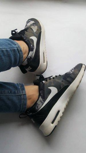 Nike Air Max Thea Gr. 36,5