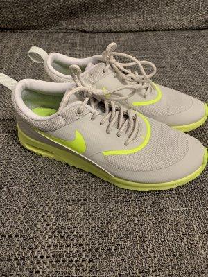 Nike Air Max Thea Gr.37.5