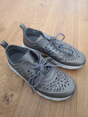 Nike Air Max Thea, Gr. 38, Bronze