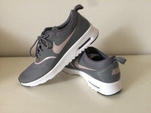 Nike Air Max Thea Gr 40,5