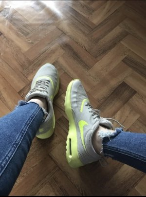 Nike air max Thea Grau