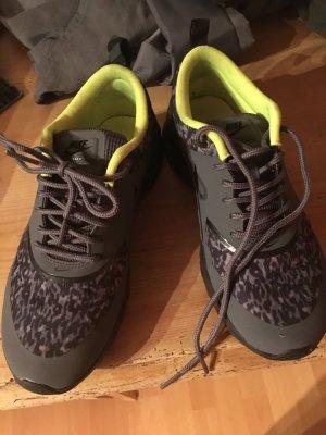 Nike air Max Thea grau neon