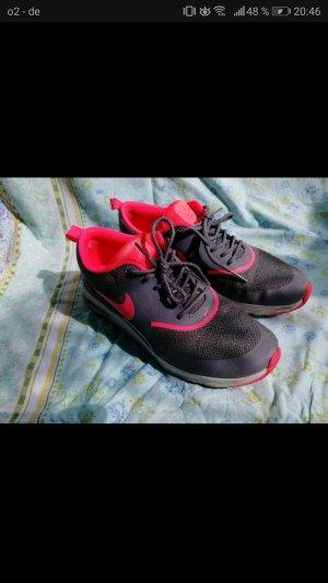 Nike Air max Thea grau, neonpink im guten Zustand, 37,5
