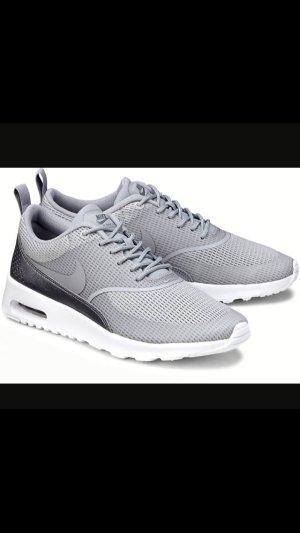 Nike AIR MAX THEA / grey mist