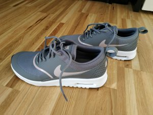 Nike Air Max Thea, Größe 36,5