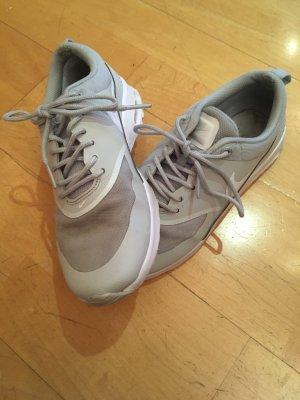 Nike air Max Thea Größe 37,5