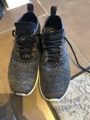 Nike Sneaker stringata bianco-blu scuro