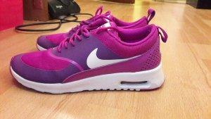Nike air max thea in lila