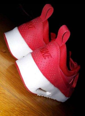 Nike Air Max Thea in Rot, Größe 39