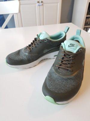 Nike Air Max Thea khaki 40