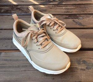 Nike Lace-Up Sneaker beige-white