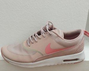 Nike Sneaker stringata rosa chiaro-fucsia neon