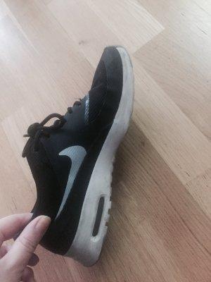 Nike Basket à lacet noir-blanc