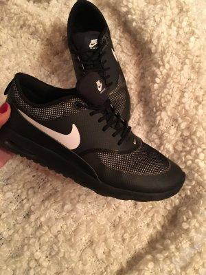 Nike Air Max Thea schwarz weiß