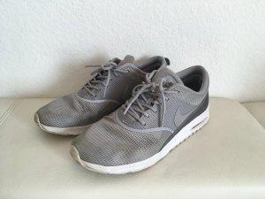 Nike Air Max Thea Silber Grau