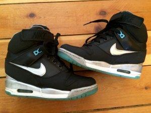 Nike Air Revolution Sky Hi Sneakers