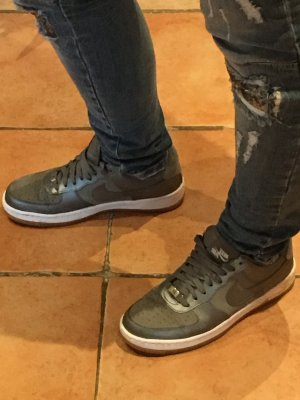 Nike Air Schuhe in 39