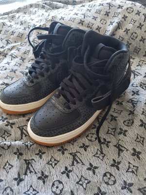 Nike Air schwarz grau wie neu