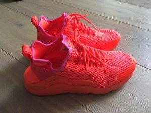 Nike Air Sneaker Neuwertig!
