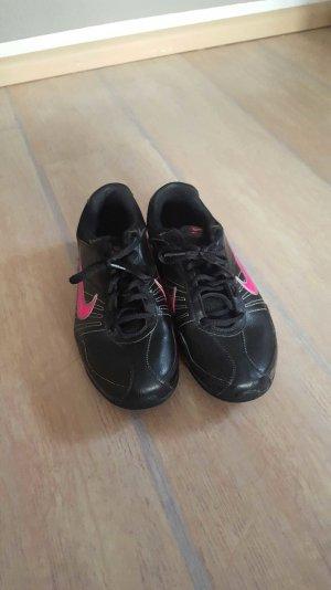 Nike Air Sportschuhe Gr.40