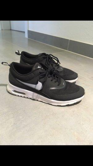 Nike Air Thea schwarz 37