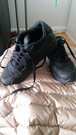 Nike Air Turnschuhe Sneaker Gr.36.5