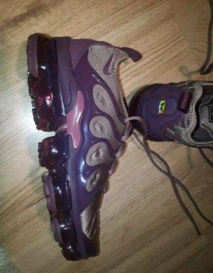 Nike Sneakers met veters bordeaux-braambesrood