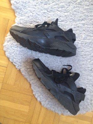 Nike Air WMNS Huarache Run Sneaker