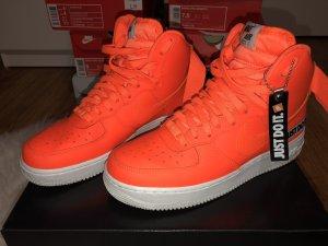 Nike Basket orange fluo-blanc