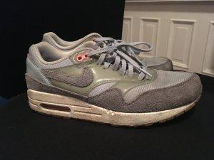 Nike Airmax in frischem hellblau