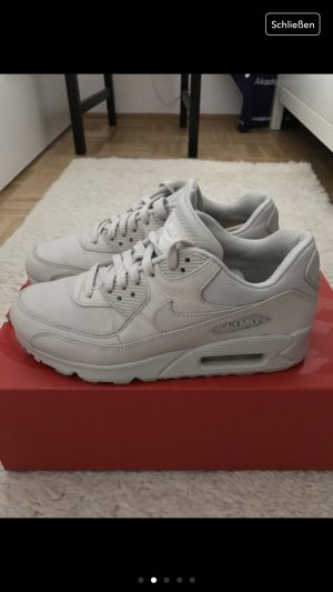 Nike AirMax (Limited Edition)