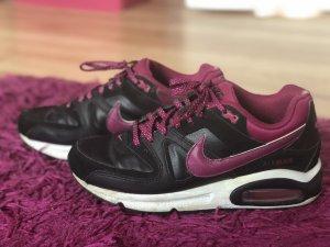 Nike Airmax schwarz-lila
