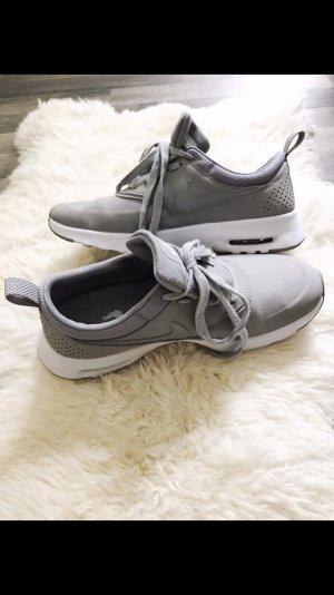 Nike Airmax Thea Leder Grau