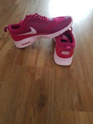 Nike Sneakers roze-violet