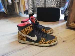 Nike High Top Sneaker multicolored