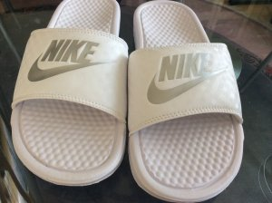 Nike badeschuhe in 39