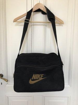 Nike Bolsa de gimnasio negro-color oro