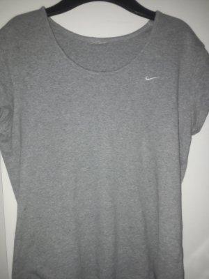 Nike Camisa acanalada color plata-blanco