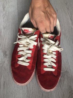 Nike Basket à lacet rouge-blanc
