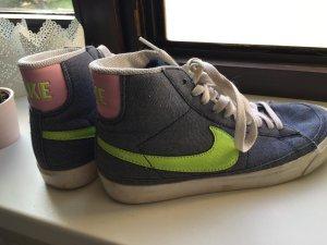 Nike Blazer grau-blau