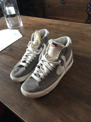 Nike Blazer grau  in 36.5