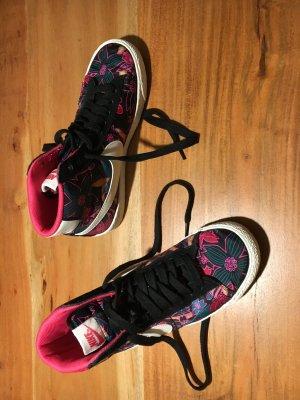Nike Blazer mid - Sneaker - Größe 37,5 - pink gemustert - ungetragen