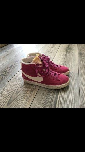 Nike Blazer pink Wildleder