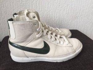Nike Blazer Premium Exclusives offwhite/khaki